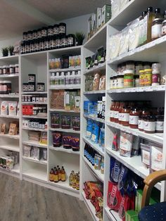 Paleo Cafe Produce and Library