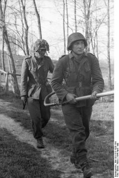 German soldiers with flame-thrower. Italy, April 1944 unknown location,