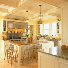 House in Old Greenwich - traditional - kitchen - new york - Huestis Tucker Architects, LLC