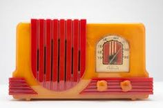 Rare Yellow and Red Catalin Addison 2C Art Deco Radio. @designerwallace