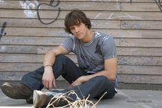 Supernatural - Promo shot of Jared Padalecki