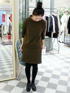 IENA SLOBE新宿店 イエナスローブ新宿 スタッフさんのTシャツ/カットソー「AWポンチボトルネックプルオーバー。」(IENA SLOBE イエナ スローブ)を使ったコーディネートです。