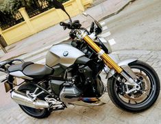BMW R1200R #SpecialKbrother  #loveyoubaby R1200r, Love You Baby, Bmw, Motorcycle, Vehicles, Motorbikes, Motorcycles, Car, Choppers