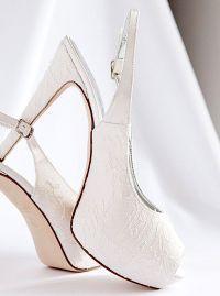 Alessandra Rinaudo, collezione 2015 scarpe sposa luxury