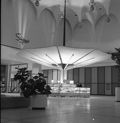 Mid-Century Mall With over sq. of retail space, Yorkdale Shopping Centre was one of the biggest in Canada and one of the largest shopping centres in the world. Architecture Details, Modern Architecture, Interesting Buildings, Commercial Architecture, Vintage Interiors, Googie, Mid Century House, Modern Buildings, Department Store