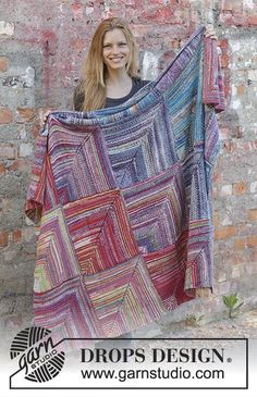 Sunset Mountains / DROPS - Free knitting patterns by DROPS Design Sunset Mountains / DROPS – Knitted blanket with domino squares, stripes and ridges in DROP Crochet Squares Afghan, Easy Crochet Blanket, Knitted Blankets, Drops Design, Knitting Patterns Free, Free Knitting, Free Pattern, Crochet Patterns, Crochet Doll Dress