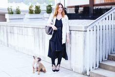 Leggings unter Kleid: So gut lässt sich ein schwarzes Maxikleid kombinieren