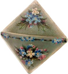 Country Vintage Home Decor - Forget Me Not Wall Pocket.