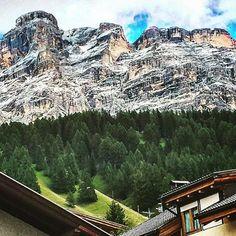 #MarioBalotelli Mario Balotelli: #paradise #oxygen #relax