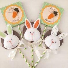 Detalhes do pirulito de chocolate #happyeaster #easterdecoration #easterparty #decoracaopascoa #pirulitodechocolate #pascoa #pascoa2017