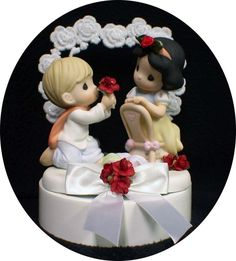 I WANTED A PRECIOUS MOMENTS WEDDING CAKE TOPPER AND THIS ONE IS SNOW WHITE THEMED!!! I NEED THIS ONE!!!!