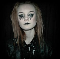 This is a photo of Kayleigh from a 'gothic' shoot I did