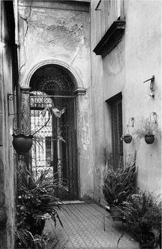Grete Stern, Buenos Aires Courtyard, 1951
