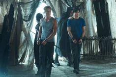Tom and Justin. Smallville Season 10. Dominion.
