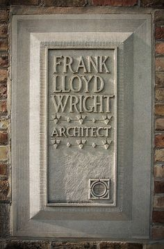 """Frank Lloyd Wright, Architect"" - Marker at his home studio, Oak Park, Illinois. Frank Lloyd Wright #Historia #Arte #Design @Qomomolo"