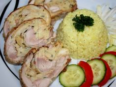 Kuracia roláda s pečivovou plnkou Potato Salad, Mashed Potatoes, Cooking Recipes, Meat, Chicken, Ethnic Recipes, Food, Whipped Potatoes, Meal