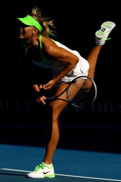 Maria Sharapova. Fave female tennis player!!