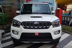 2017 Mahindra Scorpio facelift Images from dealership in Mumbai. Check out new Mahindra Scorpio images, specifications, features and price. Mahindra Scorpio Car, Scorpio Images, Car Photos Hd, Yamaha Bikes, New Background Images, New Backgrounds, Motor Car, 4x4, Shiva Art
