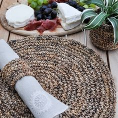 Woven placemat and napkin ring as outdoor table inspiration / Tischset // shop at ARTHA Collections Banana Plants, Plant Fibres, Great Wedding Gifts, Natural Looks, Unique Colors, Placemat, Table Linens, Natural Materials, Napkin