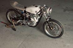 Triumph Bonneville cafe racer - the white/tan theme be hot like
