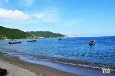 Hermosa vista relajante en Bahia Concha #beach #playa  #bahiaconcha #parquetayrona #sand #aventura #adventure #relax #weekend#Tourism #Beautiful #Welovetravel #Tayronapark #Nature #Culture