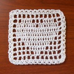 Filet Heart Coaster/Aghan Square - Crochet Me. This could make a great afghan…