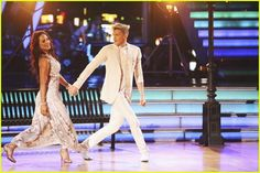 Cody Simpson and Sharna Burgess dance the foxtrot  #DWTS Week 4 (4/7/14)