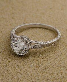 anillo de compromiso hermoso