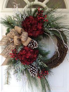 Rustic Christmas Wreath Ideas on a Budget - Christmas Decorations . - Rustic Christmas Wreath Ideas on a Budget – Christmas Decorations {hashtags - Christmas Wreaths For Front Door, Holiday Wreaths, Holiday Crafts, Winter Wreaths, Make A Christmas Wreath, Grapevine Christmas, Grapevine Wreath, Holiday Decor, Noel Christmas