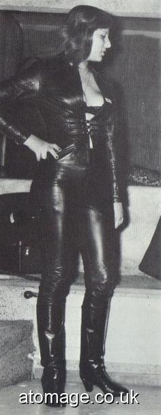 Atomage Pictures A5 Edition 32 Vintage Boots, Vintage Leather, Latex, Leather Dresses, Rain Wear, Leather Boots, Retro Vintage, A5, Magazine