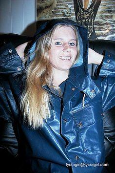 Blue Raincoat, Raincoat Jacket, Pvc Raincoat, Rain Gear, What To Wear, Helly Hansen, Women Wear, Leather Jacket, Latex