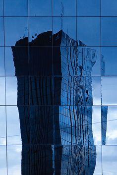 Skyscraper, Resort 2012/13: Zoom