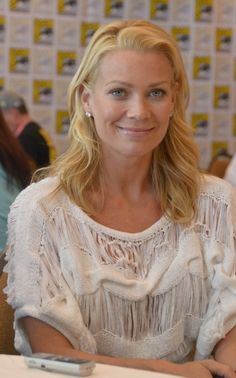 Laurie Holden at event of The Walking Dead (2010)