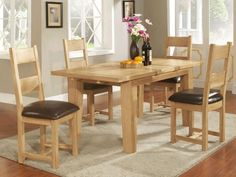 Is Oak affecting you're the way you decorate your dining room?