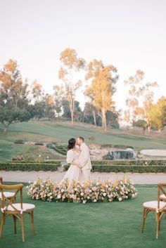 Whimsical yet sophisticated Southern California wedding inspiration | San Juan Capistrano Wedding Inspiration | Photography LOVELY LIGHT IMAGERY | Magnolia Rouge: Fine Art Wedding Blog | Romantic Wedding Photos | Brides | Groom Style