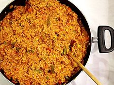 Jollof rice cups are one of the best african food recipes for kids! fast, easy, delicious and healthy. Even picky eaters cannot get enough of these jollof My Recipes, Cooking Recipes, Dishes Recipes, Rice Recipes, Cooking Ideas, Favorite Recipes, Jollof Rice, Nigerian Food, Nigerian Culture