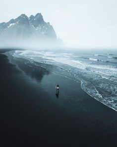 The Mind Blowing Beauty of Iceland by Niklas Söderlund Iceland Travel Destinations Honeymoon Backpack Backpacking Vacation Landscape Photography Tips, Landscape Photos, Nature Photography, Travel Photography, Photography Tricks, Digital Photography, Aerial Photography, Night Photography, Editorial Photography