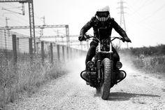 Anvil Motociclette /// Mille /// Arsenica