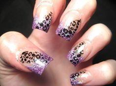 french-nail-glitter-leopardate