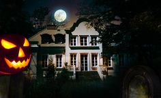 You've been on the theme park ride, but now is your chance to see the real haunted mansions of New Orleans.