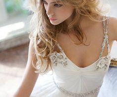 pretty wedding dress straps