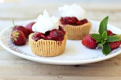 Roasted Balsamic Strawberry Mini-Tarts with Whipped Coconut Cream - Gluten-free + Vegan by Tasty Yummies, via Flickr