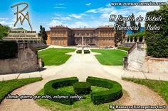 ElJardín de Bóbolies un famosojardínsituado en la ciudad deFlorencia, en la región deToscana, Italia. Se encuentran en la margen sur delrío Arno, tras elPalacio Pitti, construido por losPitti, rivales de losMédicis, la familia noble que controlaba Florencia.