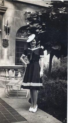 Sailor girl, 1940's