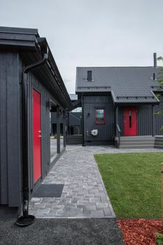 Messukohde, Jyväskylän asuntomessut 2014. Älvsbytalo, Suometar. Garage Doors, Outdoor Decor, Home Decor, Decoration Home, Room Decor, Home Interior Design, Carriage Doors, Home Decoration, Interior Design
