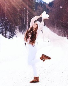 464 Likes, 10 Comments – Tagebuch Inspiration 🍉 ( auf Ins … - Fotografie Snow Photography, Photography Poses Women, Amazing Photography, Portrait Photography, Photography Terms, Photography Contests, Photography Lighting, Photography Equipment, Mobile Photography