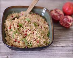 Pomegranate and Quinoa salad recipe.didn't know you could make quinoa in the rice cooker, makes sense! Gotta try it! Summer Salad Recipes, Quinoa Salad Recipes, Vegetarian Recipes, Healthy Recipes, Summer Salads, Eat Healthy, Quinoa In Rice Cooker, Rice Cooker Recipes, Quinoa Rice