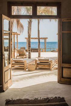 Summertime: Beachclub auf Mykonos | Lilaliv …