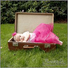 EN- Let her sleep for when she wakes, she will move mountains - sweet dreams princess.  DE- Süße Prinzessin schlafend bei mir.... Ich liebe sie, schaue ihr beim Schlafen zu...  Mädchen, Baby, weiß und sxhwarz, Fotoschooting, Kinder, children, white and black, girl, fotoshooting. Toy Chest, Storage Chest, Toys, Baby, Furniture, Home Decor, Princess, Photo Shoot, Love