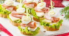 Canapes Recipes, Appetizer Recipes, Tapas, Vancouver Food, Brunch Buffet, Catering Food, Brunch Party, Food Platters, Appetizers For Party